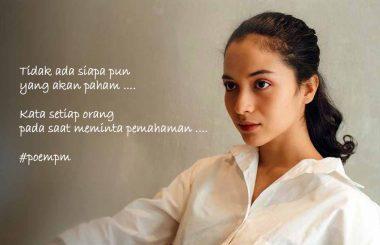 Putri Marino dan Puisinya